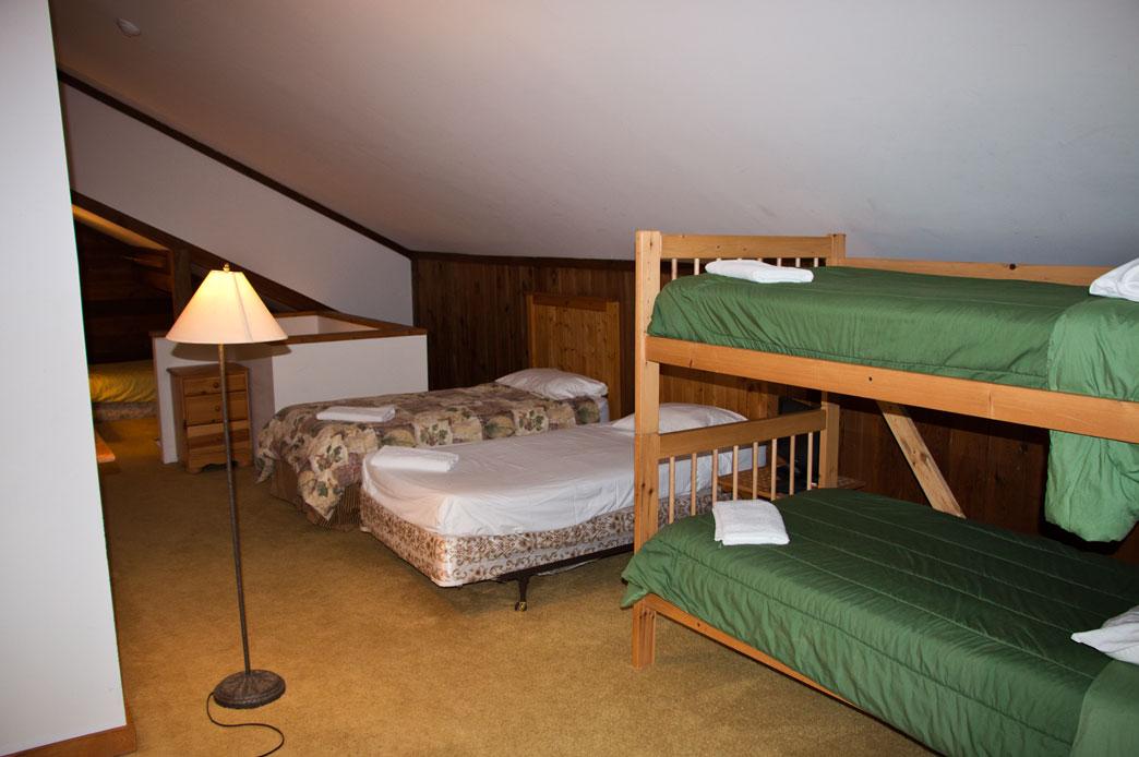 Loft Suite 01