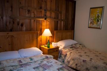 Standard Rooms 02